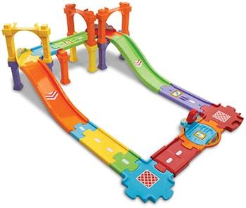 meerkleurige kunststof brug met wegdelen speelgoed van VTech